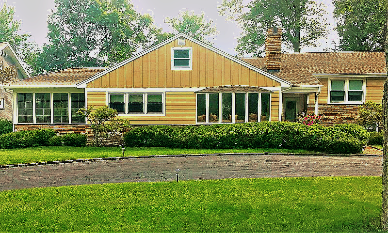 Michael J Harris installed James Hardy siding on this house in South Orange